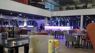 Le casino de St-Jean-de-Luz de JOA